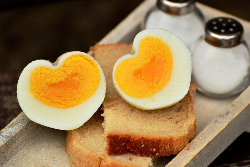 How to Make Hard Boiled Eggs That Are Easy To Peel